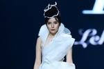 Bí quyết giảm cân cấp tốc của 'mợ Hai' Cao Thái Hà để mặc vừa váy cưới