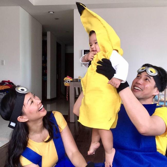 Shark Linh cùng chồng con hóa trang thành gia đình Aladdin-4
