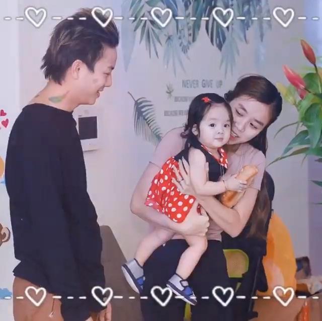 Chọn đúng ngày sinh nhật, bà xã Hoài Lâm công khai con gái xinh xắn như thiên thần-7
