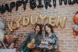 Minh Triệu tổ chức sinh nhật trước hai tuần cho Kỳ Duyên