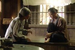 Càng xem 'Tiếng Sét Trong Mưa' càng hoang mang về IQ của Thị Bình?