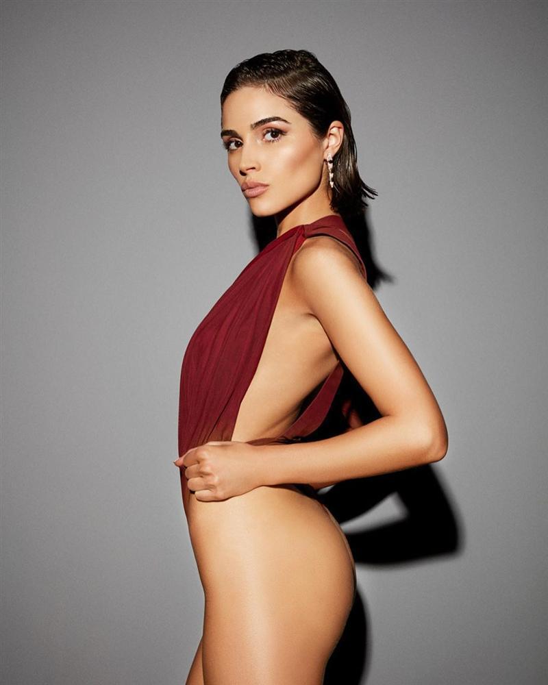Bản tin Hoa hậu Hoàn vũ 2/11: Tưởng ba vòng của Hoàng Thùy siêu chuẩn, nào ngờ vẫn bị chặt đẹp bởi đối thủ Argentina-7