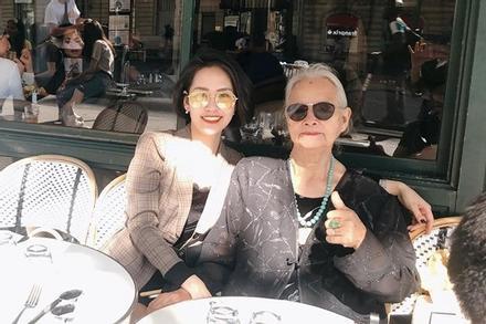 Cô gái Hà Nội dẫn bà ngoại 85 tuổi du lịch châu Âu