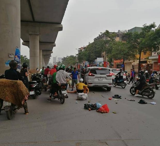 Hà Nội: Xe ô tô điên gây tai nạn liên hoàn khiến nhiều người nhập viện-1