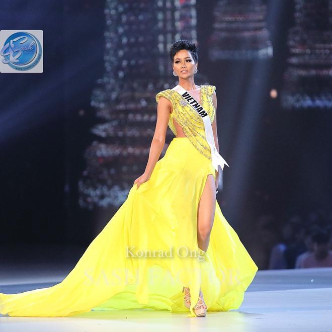 Quá thần tượng HHen Niê, người đẹp nước Mỹ nhất quyết mặc váy màu vàng để thi Miss Earth 2019-6