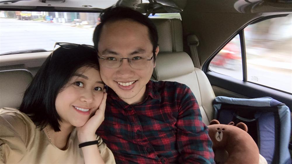 Thả nhẹ ảnh mặt mộc ở tháng thứ 7 thai kỳ, MC Phí Linh gây bất ngờ về nhan sắc-4