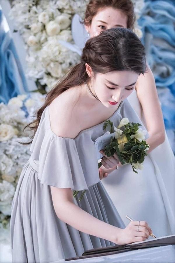 Thần tiên tỉ tỉ Lưu Diệc Phi gây náo loạn với loạt ảnh cưới, giai nhân tuyệt mỹ đẹp từng góc độ-8
