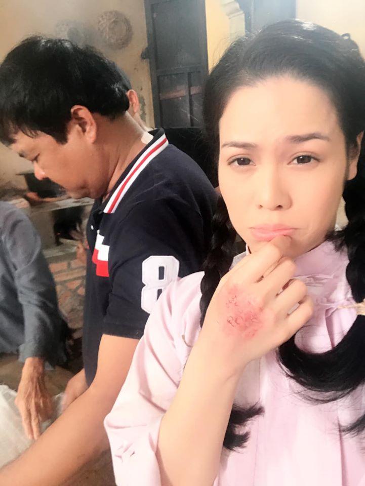 Nhật Kim Anh hé lộ loạt ảnh không được lên sóng của Tiếng sét trong mưa-4