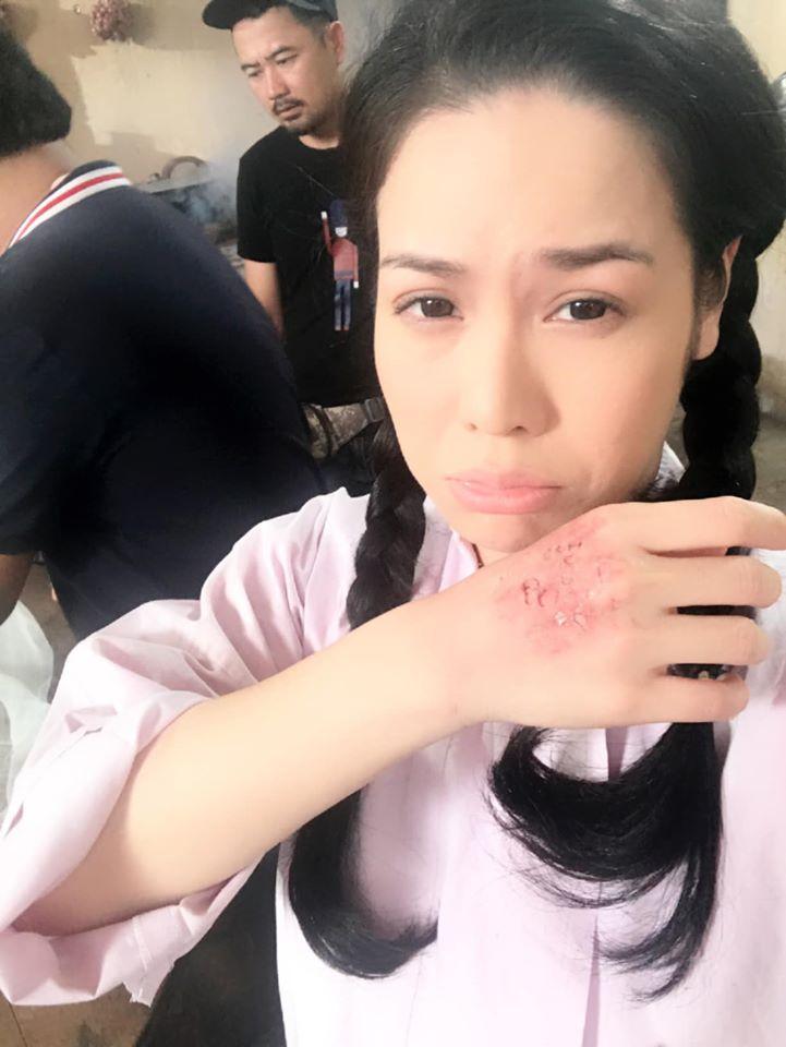 Nhật Kim Anh hé lộ loạt ảnh không được lên sóng của Tiếng sét trong mưa-5