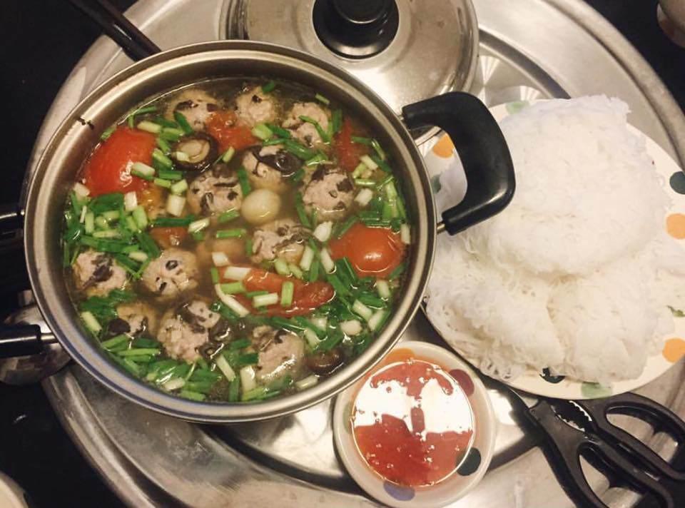 Món ăn từ con vật nhiều người nhìn đã sợ nhưng qua tay của Văn Mai Hương lại làm hàng xóm nhức mũi-8