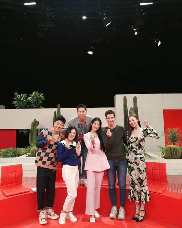Đụng hàng cả loạt mỹ nhân đình đám, chị đẹp Son Ye Jin vẫn đẹp bất bại-8