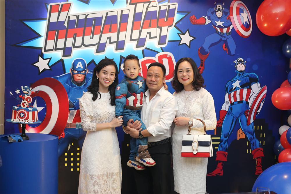 Khoe ảnh cả nhà sang Hàn Quốc thăm em gái nhưng ngoại hình của bố mẹ Ly Kute làm ai cũng bất ngờ-3