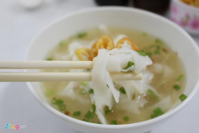 Những quán ăn đắt xắt ra miếng, nườm nượp khách ở Sài Gòn-2