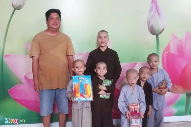 Cô gái 22 tuổi được gia đình chấp thuận tu tại Tịnh thất Bồng Lai-2