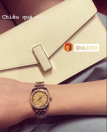 Em chồng Tăng Thanh Hà lại khiến fan phát hờn khi sắm đồng hồ đôi hàng trăm triệu cho người yêu-3