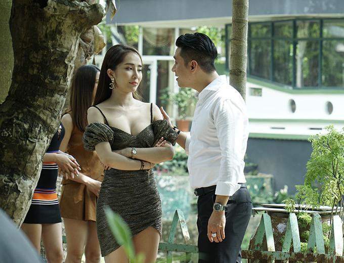 Việt Anh thấy sai sai khi đóng cảnh nóng với Quỳnh Nga-1