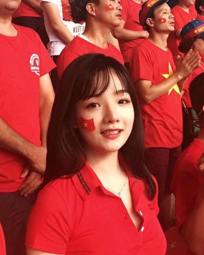 Hotgirl từng được 4 đài Hàn Quốc phỏng vấn khoe ảnh mang bầu, nhan sắc hiện tại làm người nhìn xao xuyến-1