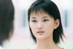 'Cô gái xấu xí' Cbiz từng gây tranh cãi với mái tóc nham nhở, 10 năm sau hóa thành nàng thơ tóc mây không ai nhận ra