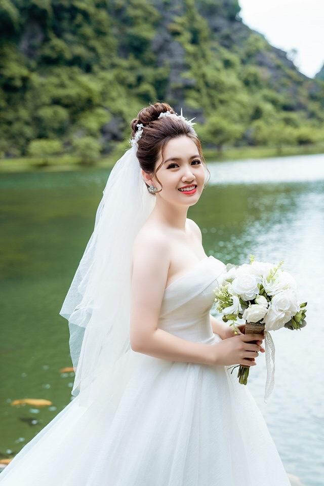 Lộ diện dung nhan cô dâu chú rể trong đám cưới sát vách xôn xao mạng xã hội những ngày qua-6