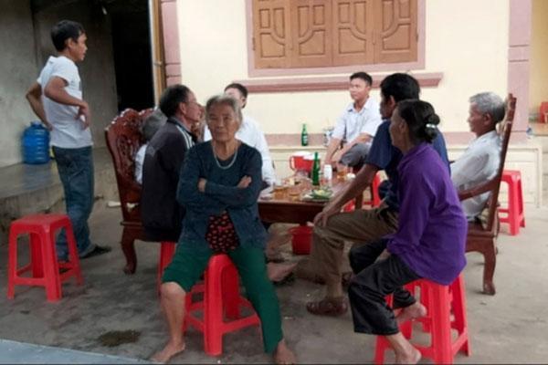 Vụ bà nội sát hại cháu ruột ở Nghệ An: Nghi bà đánh lô đề, nợ hàng xóm rất nhiều tiền-4