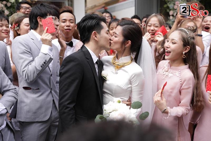 Gia đình Ông Cao Thắng: Cảm ơn nhà gái đã cho chúng tôi người con dâu tuyệt vời-2