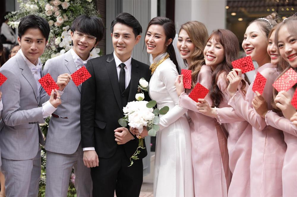 Gia đình Ông Cao Thắng: Cảm ơn nhà gái đã cho chúng tôi người con dâu tuyệt vời-1