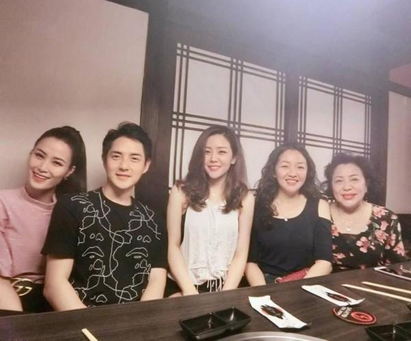 Gia đình Ông Cao Thắng: Cảm ơn nhà gái đã cho chúng tôi người con dâu tuyệt vời-8