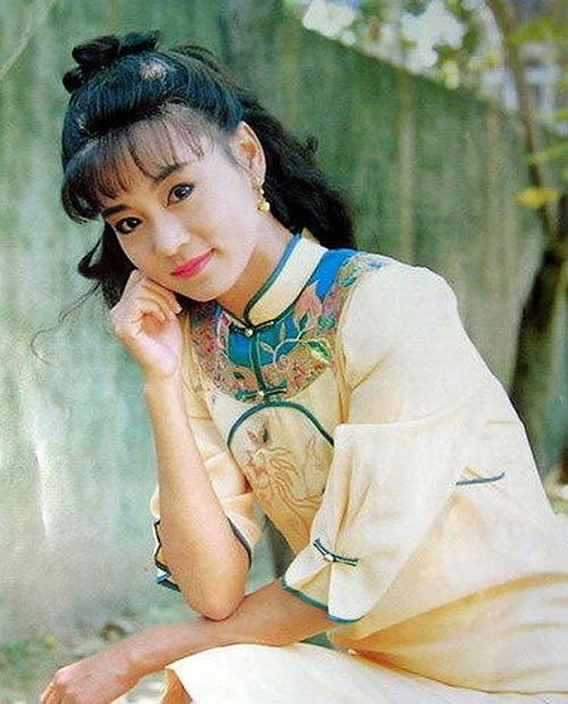 Nhan sắc thời trẻ của mỹ nhân phim Quỳnh Dao bị mang tiếng giết chồng-4