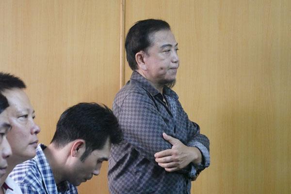 Xét xử nghệ sĩ Hồng Tơ về tội đánh bạc-1