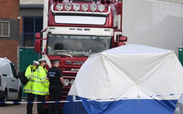 Bộ Công an công bố danh tính 39 nạn nhân thiệt mạng trong container tại Anh-1