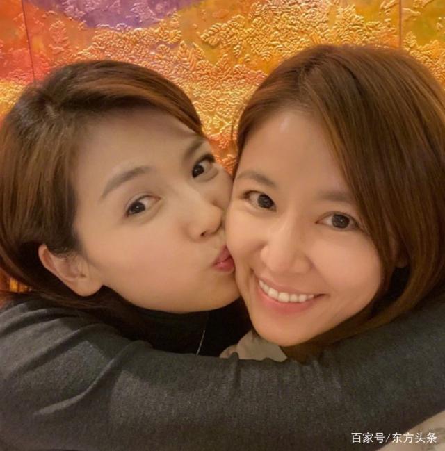 Lâm Tâm Như bị đồn bất hòa, khó chịu ra mặt với bạn thân 12 năm Lưu Đào-5