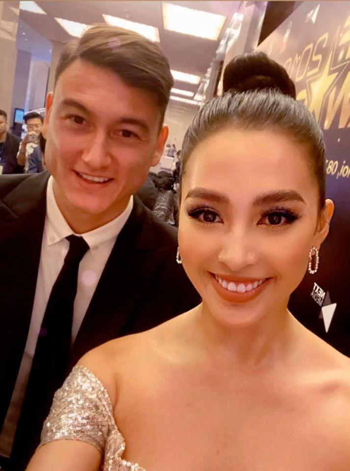 Hoa hậu Tiểu Vy gặp thủ môn Đặng Văn Lâm: Dân mạng phát cuồng vì sự đẹp đôi hiếm có-1