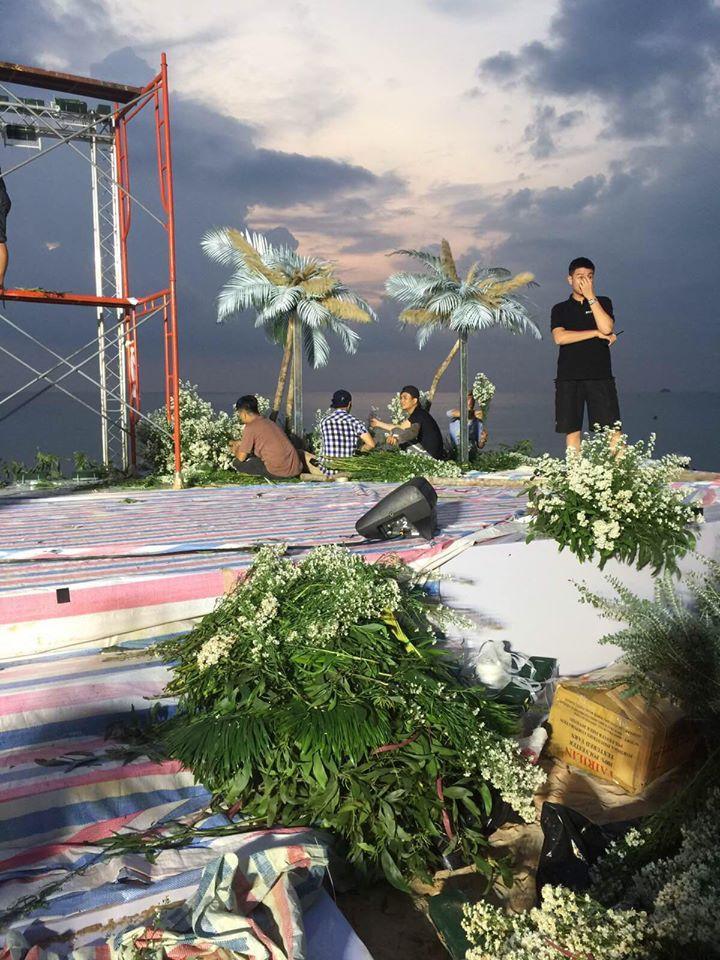 Rò rỉ không gian tiệc cưới đẹp lung linh của Đông Nhi - Ông Cao Thắng tại bãi biển Phú Quốc-6