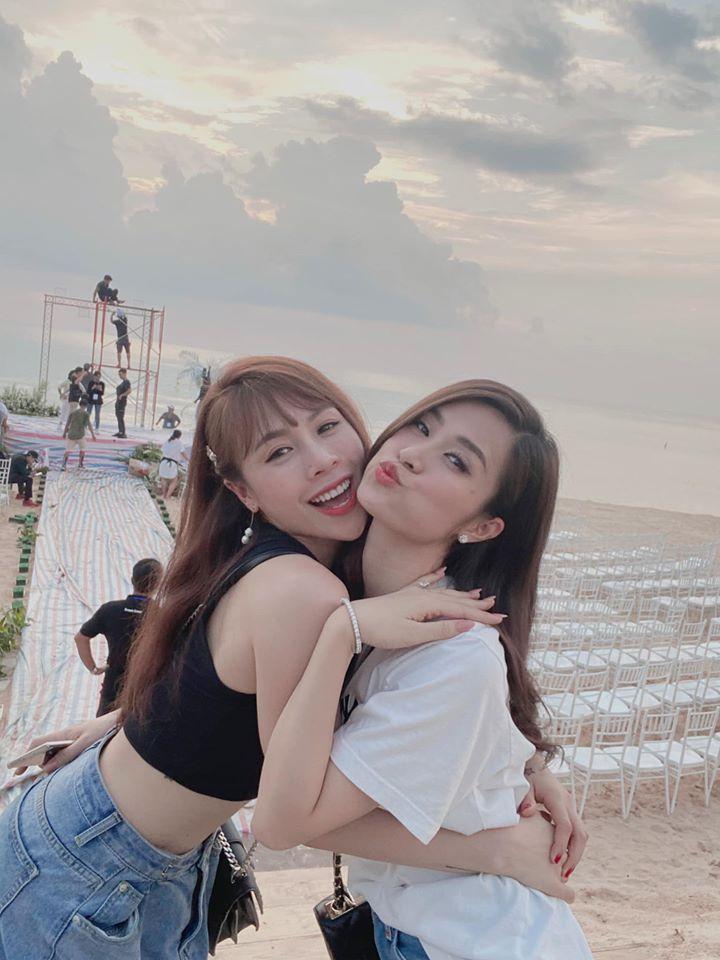 Rò rỉ không gian tiệc cưới đẹp lung linh của Đông Nhi - Ông Cao Thắng tại bãi biển Phú Quốc-7