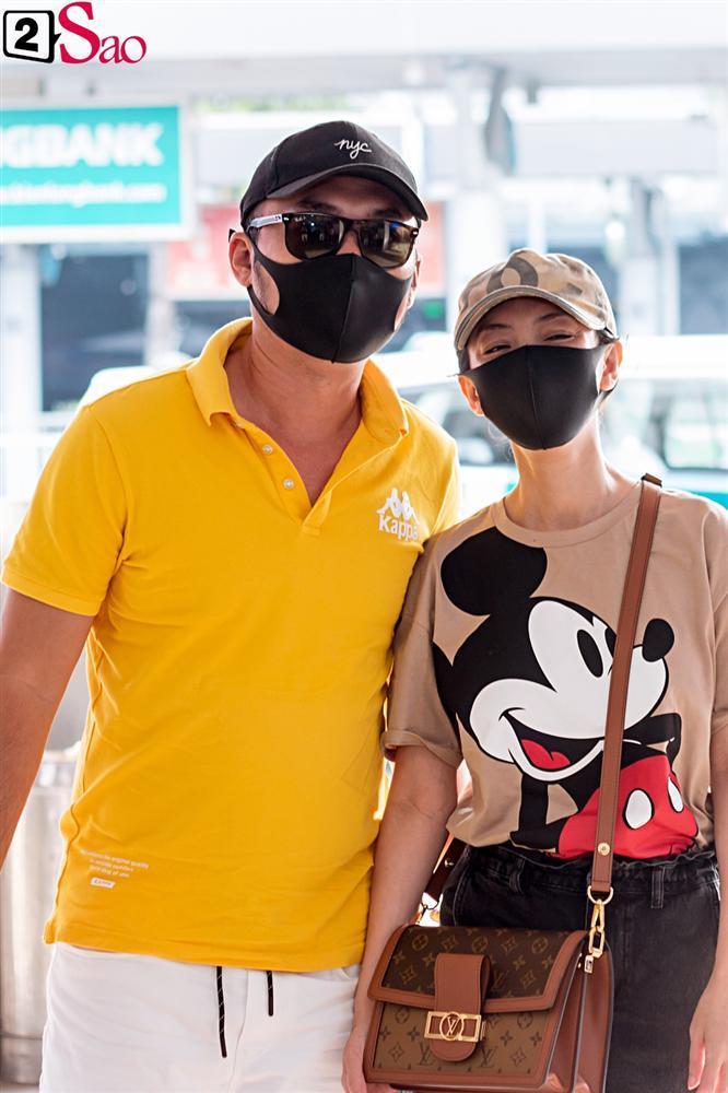 Dàn sao Việt đổ bộ sân bay đi đám cưới Đông Nhi: Diệu Nhi khoe quà, Nhã Phương lẻ bóng-7