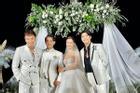 CLIP: Cô dâu Đông Nhi lau nước mắt cho Noo Phước Thịnh, dập tắt tin đồn 'thân ai nấy lo'