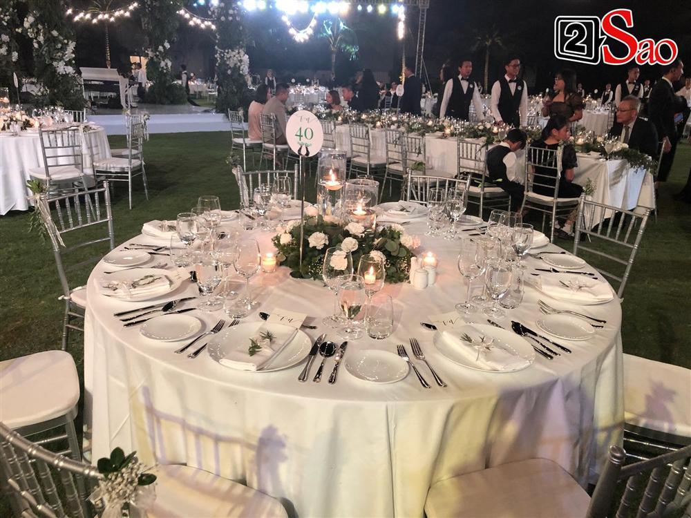 Khách mời di chuyển tới khu vực tiệc cưới-3