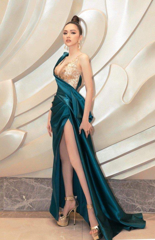 Cô gái vàng trong làng chuyên trị váy ánh kim đích thị là Hoa hậu Hương Giang-20