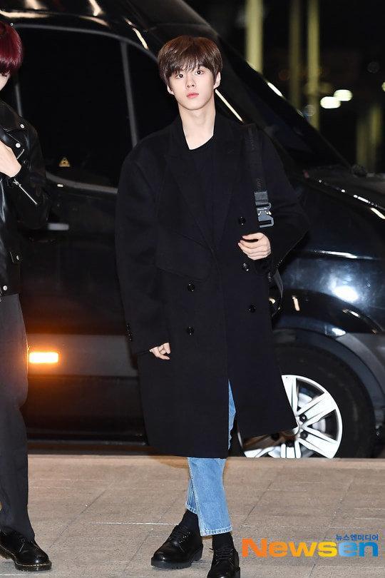 Cúi đầu xin lỗi, Knet nói gì về từng thành viên X1: Kim Yo Han - Kim Woo Seok gây sốt!-7