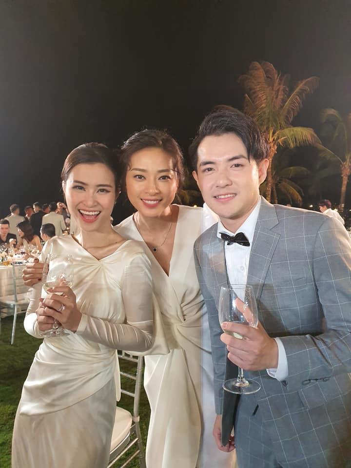 Lầy như sao Việt dự đám cưới Đông Nhi: Ngô Kiến Huy đá xéo cô dâu, Thu Minh tưởng mình là nhân vật chính-4