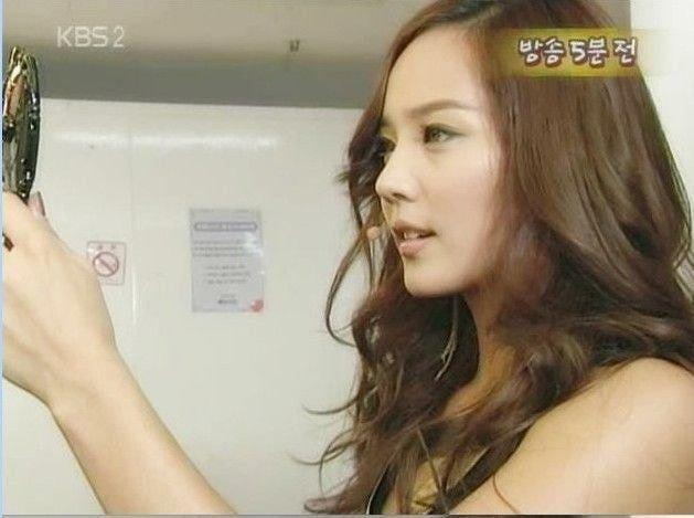 Những nữ thần tượng Hàn sở hữu góc mặt nghiêng xuất sắc nhất qua các thế hệ-8