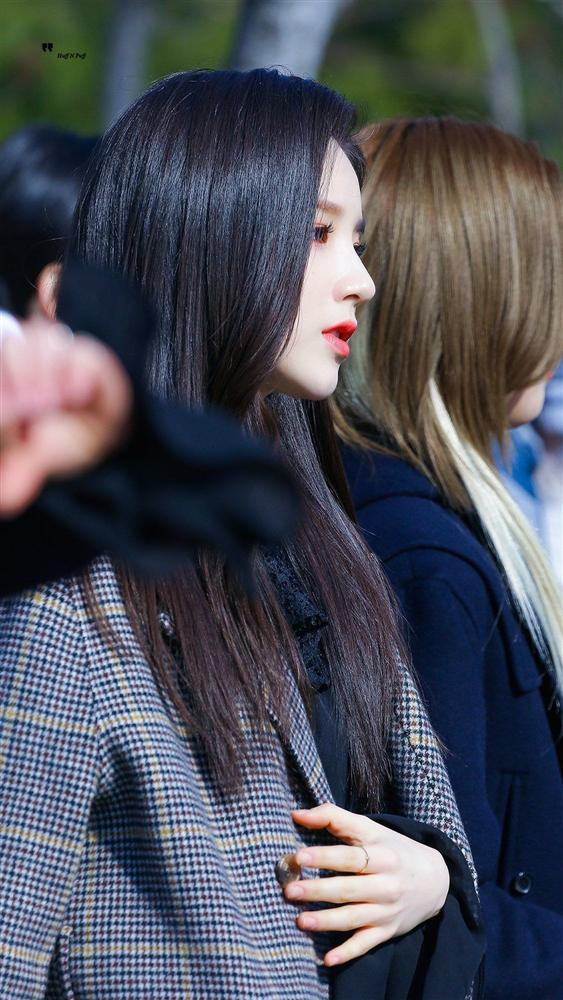 Những nữ thần tượng Hàn sở hữu góc mặt nghiêng xuất sắc nhất qua các thế hệ-20