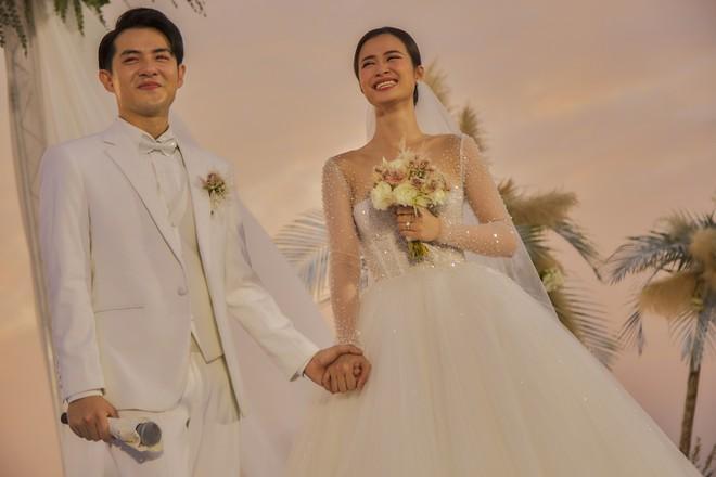 Hai lễ cưới xa hoa bậc nhất showbiz Việt năm 2019-2