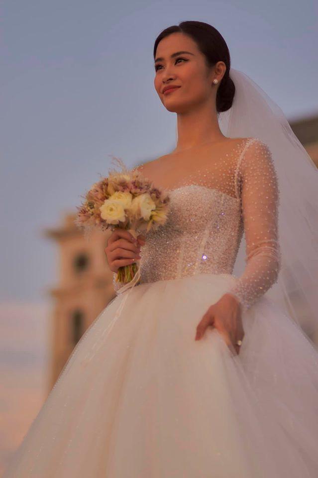 Hai lễ cưới xa hoa bậc nhất showbiz Việt năm 2019-6