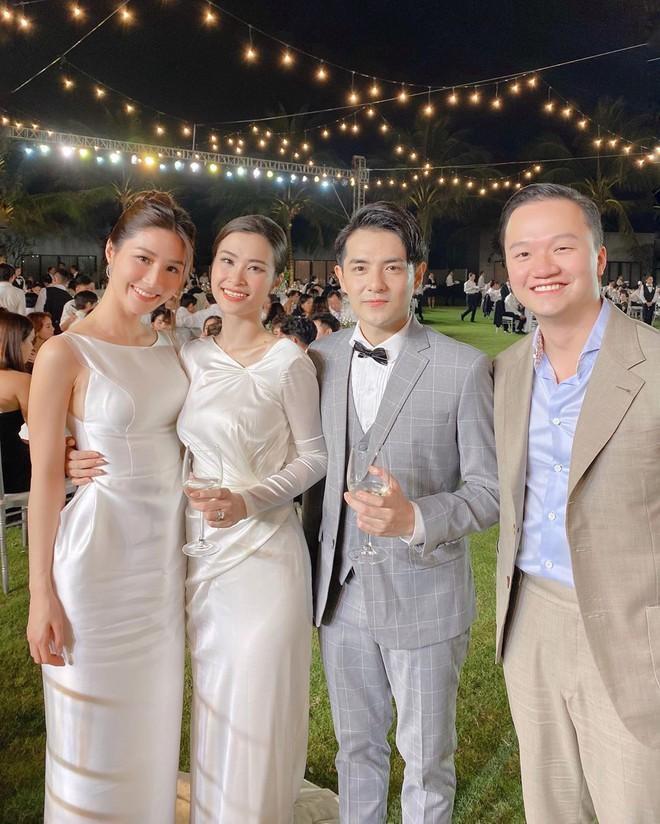 Hai lễ cưới xa hoa bậc nhất showbiz Việt năm 2019-7