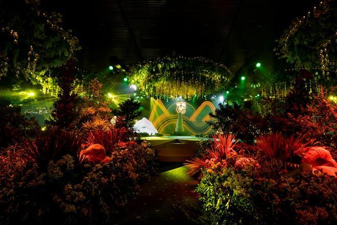 Hai lễ cưới xa hoa bậc nhất showbiz Việt năm 2019-11
