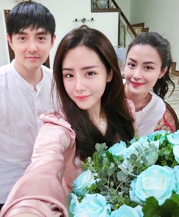 Tham dự đám cưới anh trai, em gái Ông Cao Thắng làm bộ nail đầy ý nghĩa-6