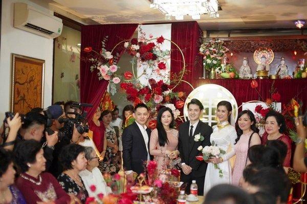 Tham dự đám cưới anh trai, em gái Ông Cao Thắng làm bộ nail đầy ý nghĩa-8