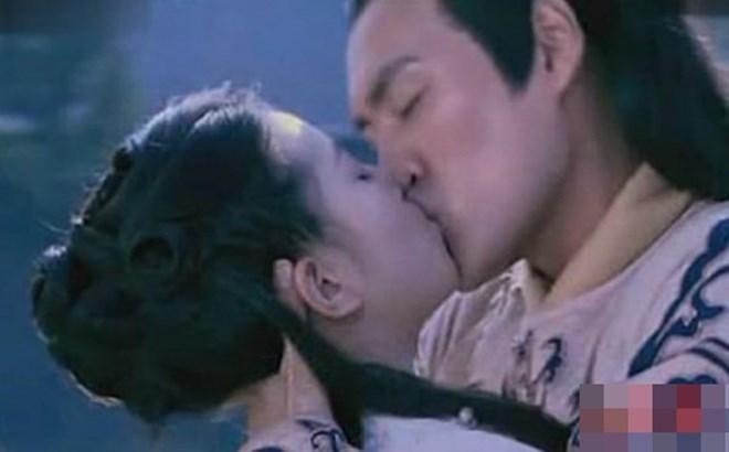 Triệu Lệ Dĩnh, Dương Tử và dàn mỹ nhân Hoa ngữ dành nụ hôn đầu trên màn ảnh cho ai?-1