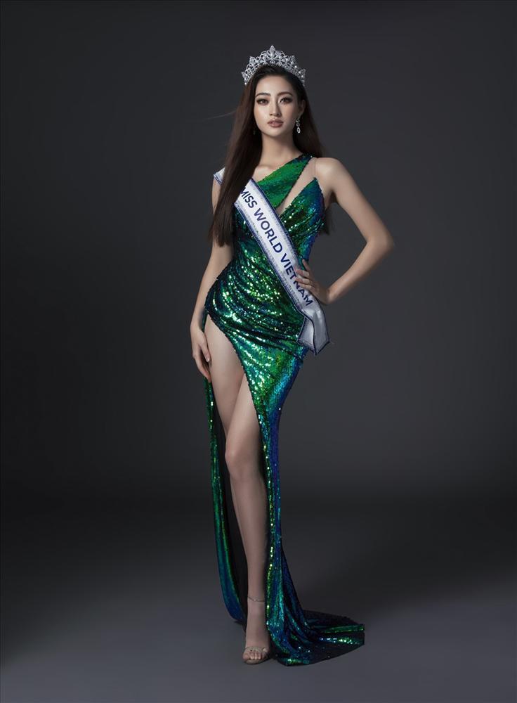 12 nàng hậu Việt sở hữu chiều cao ấn tượng: Mai Phương Thúy rất cao nhưng vẫn thua 2 người-9